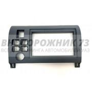 Переходная рамка для 2 din автомагнитолы на УАЗ Патриот (2005-2012) под кнопки от ВАЗ 2114